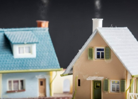Buying a new home before selling the old one:'s photo